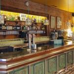 La barra del Gastro Bar Moka en Pamplona